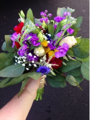 The bride's bouquet, full of color.