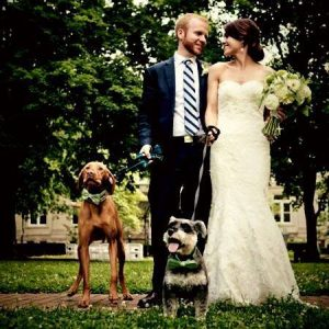 couple w dogs